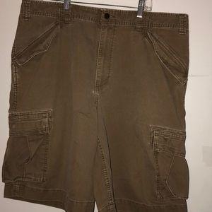 Men's Mossimo khaki cargo shorts